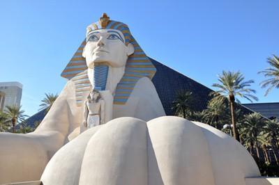Luxor-Hotel-Las-Vegas